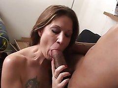 Nice Round Tits Live