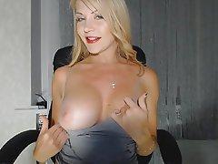 Babe Big Boobs Blonde Webcam