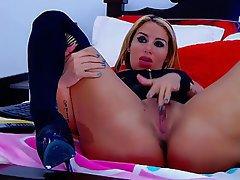 Blonde Masturbation Webcam