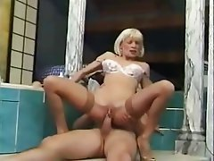 about you, Latin Porn Star Milf berührt sich easy-going person who likes