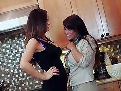 Babe Big Boobs Lesbian
