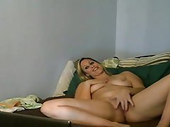 Latina Milf Naked On Webcam