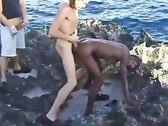Amateur Babe Interracial Outdoor Threesome